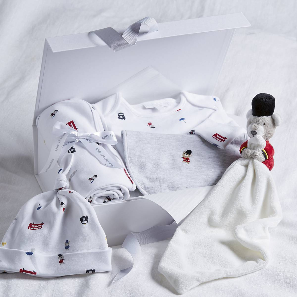Baby Gift Set London : Little london bear baby gift set multi british mums