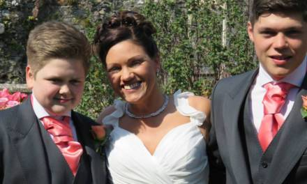 Meet British mum Angela Jones Thomas