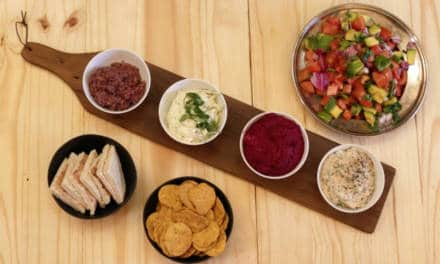 British Mums Love Quick Dips With Pita Bread and Nachos