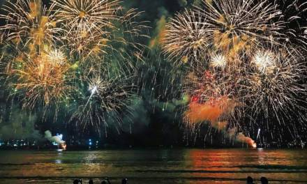 CELEBRATE EID AL ADHA WITH AMAZING FIREWORKS AT THE BEACH