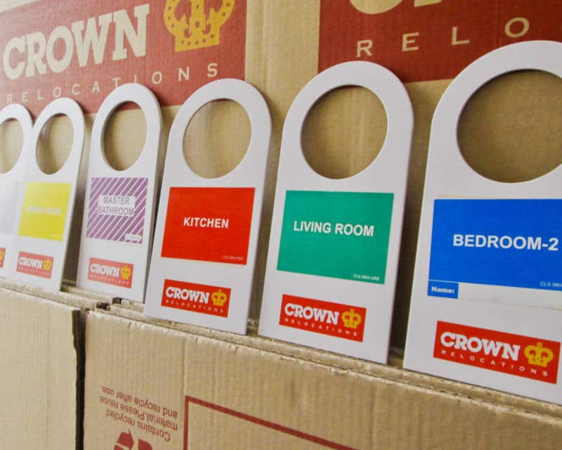 CROWN RELOCATIONS OFFERS SPECIAL DISCOUNTS TO BRITISH MUMS