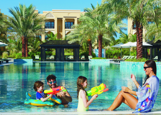 While many British mums are flying off further afield on their summer escapes, if you're planning a long summer ahead in the UAE, this is undoubtedly the BEST time of year to bag yourselves a Staycation bargain!