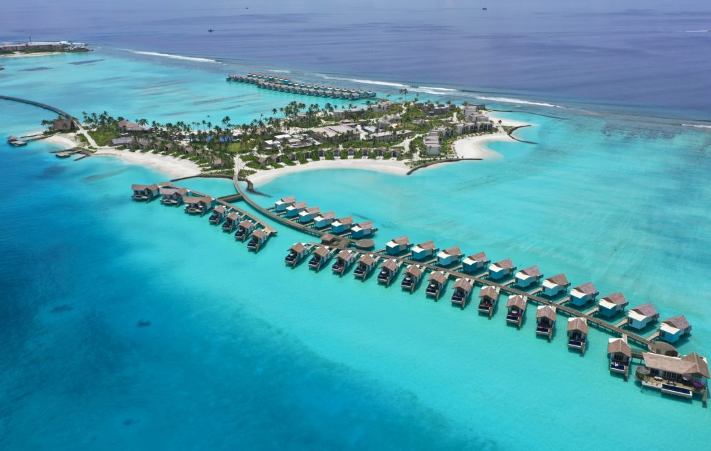 HARD ROCK HOTEL MALDIVES OFFERS BRITISH MUMS AN EXCLUSIVE SUMMER PACKAGE THAT WILL KNOCK YOUR SOCKS OFF!