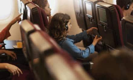 Flying Children Home with Qantas unaccompanied minor's service