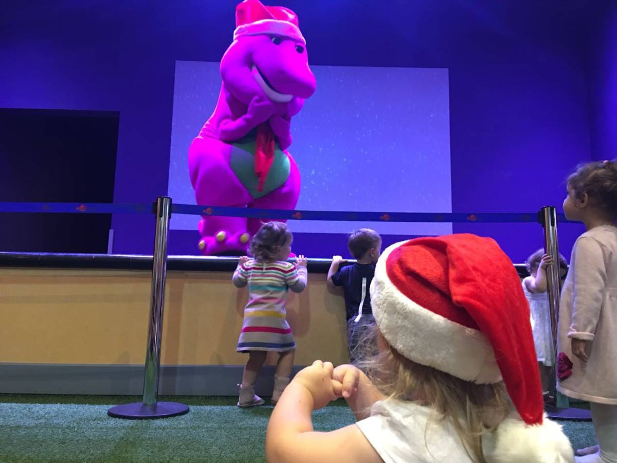 British Mums Exclusive Meet Greet With Santa At Mattel Play Town
