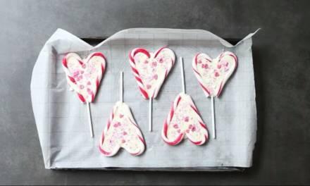 BRITISH MUMS LOVE – VALENTINE'S WHITE CHOCOLATE HEARTS