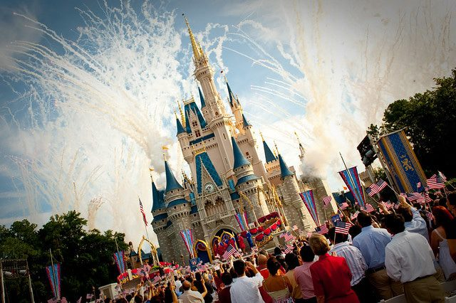 How To Make Your Disney World Holiday Magical: A Few Tips and Tricks