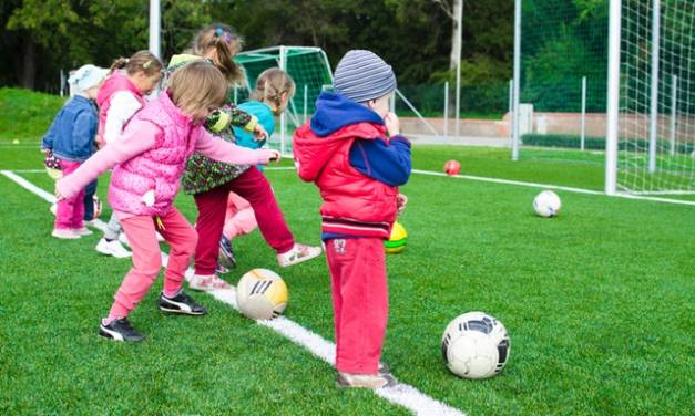 Choosing the right holiday camp for your child