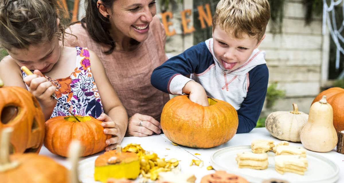 Pumpkins, Spooks and Spiders: Getting crafty this Halloween with Katie Jane!