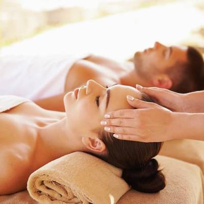 On the 8th Day of Christmas, British Mums gave to me… 8 home massages from Hawaiian Hush!