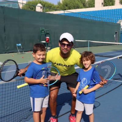Learn to play Tennis in 2020 with CF Tennis Academy