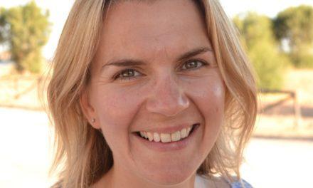 Meet British Mum Sarah Lawson