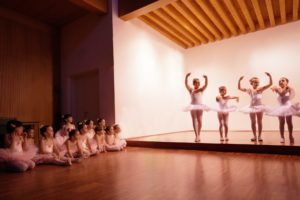 KEEP THE KIDS ENTERTAINED AFTER SCHOOL WITH THESE FAB EXTRA-CURRICULAR ACTIVITIES